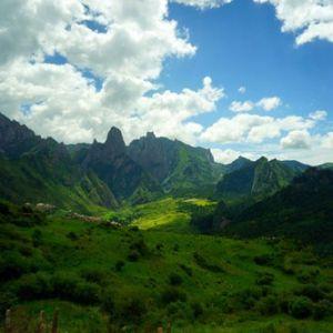 海天相接花湖美景 若尔盖高原上的绿
