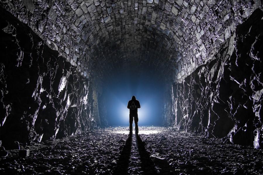 照片剖析课堂-神秘隧道