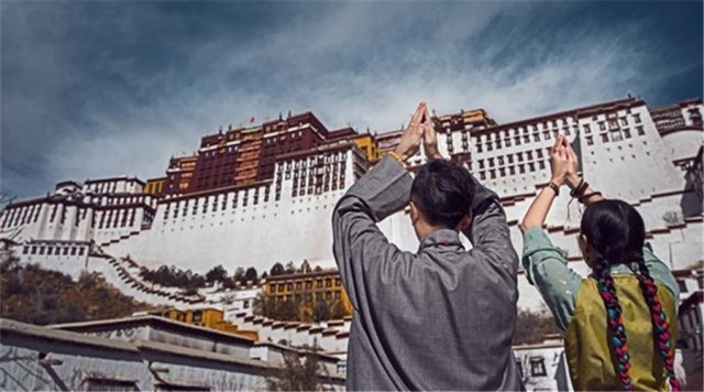 惊艳全国的藏族80后结婚照,原来是他拍的