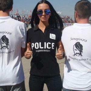 能上厅堂能打流氓 乌克兰美女成警界网红