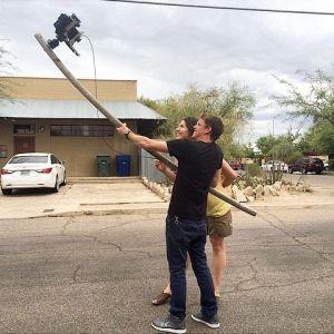 『趣闻』大画幅摄影师的自拍杆