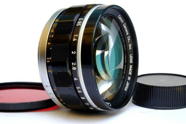 被盗的镜头在 eBay 网站上以41万元的价格出售 摄影师懵了